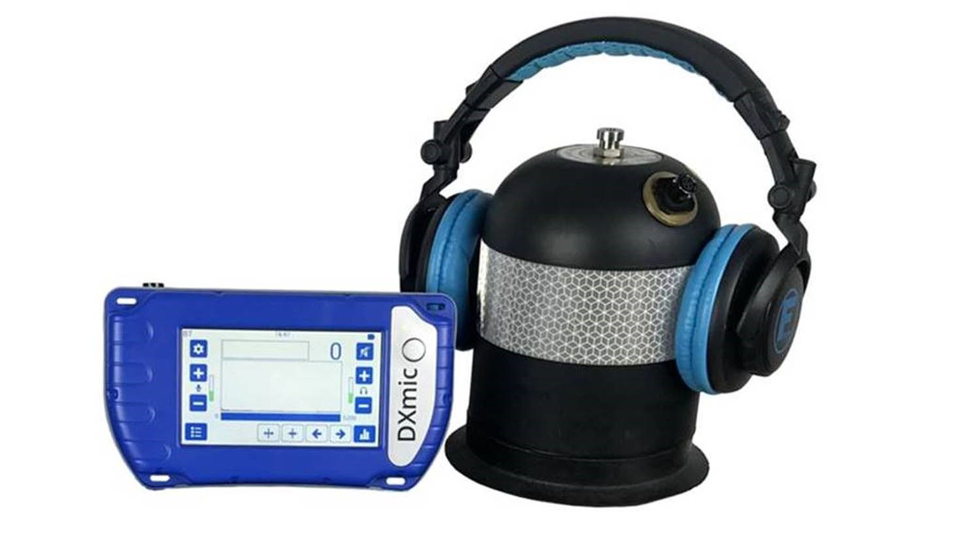 A ground microphone with headphones