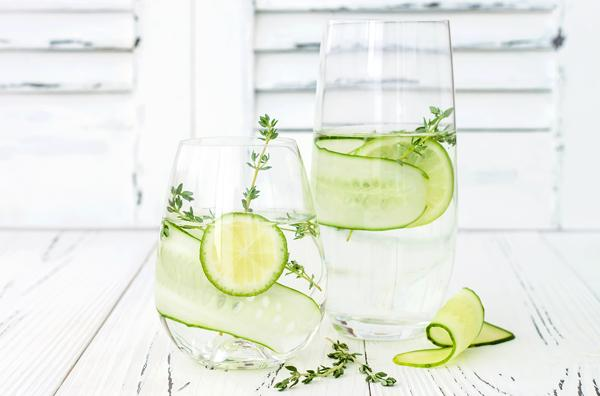 Water glass with lime